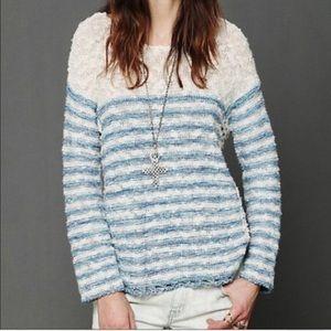Stipe cream and blue beach sweater